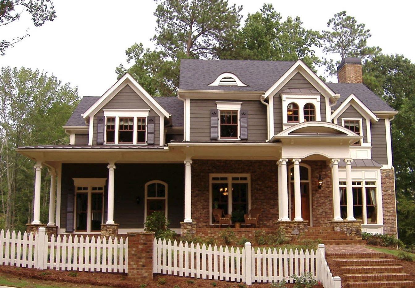 Fachada de casa americana de madera y ladrillos vistos - Casa de ladrillos ...