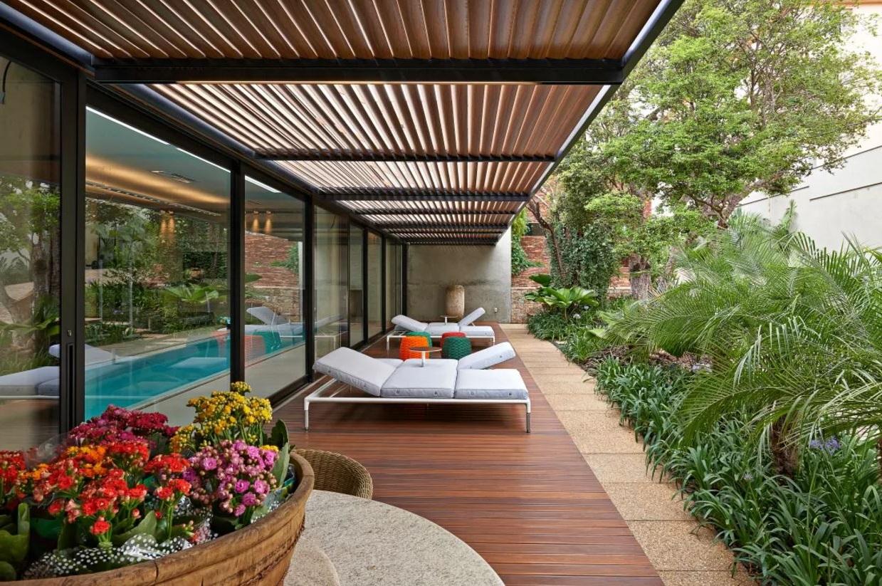 Jardines techados for Patios y jardines de casas