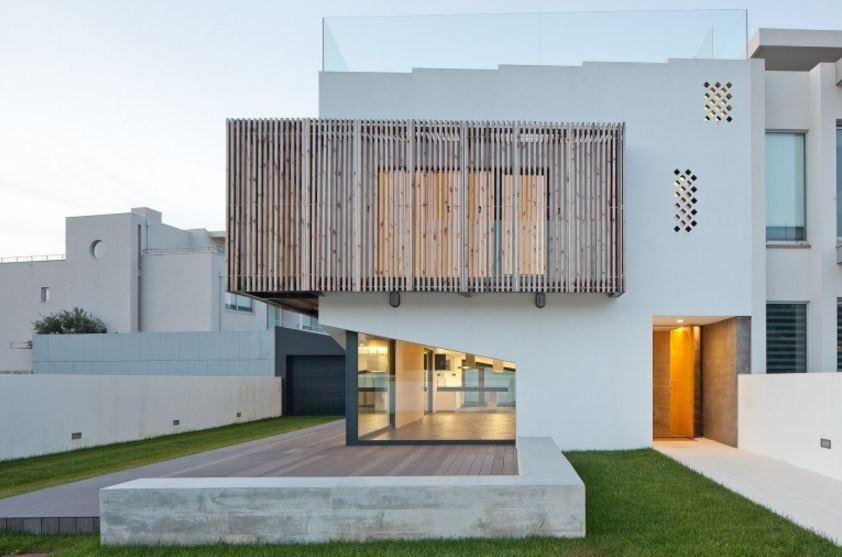 Fachadas con parasoles for Diseno de fachadas minimalistas