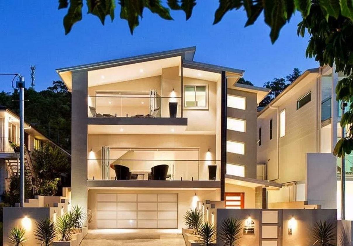 fachadas de casas de 3 pisos