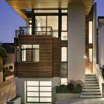 Fachada para casa en desnivelde 3 pisos