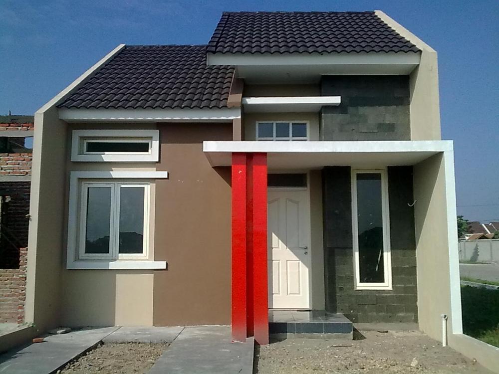 Fachadas de casas sencillas con puertas blancas for Casas con puertas blancas