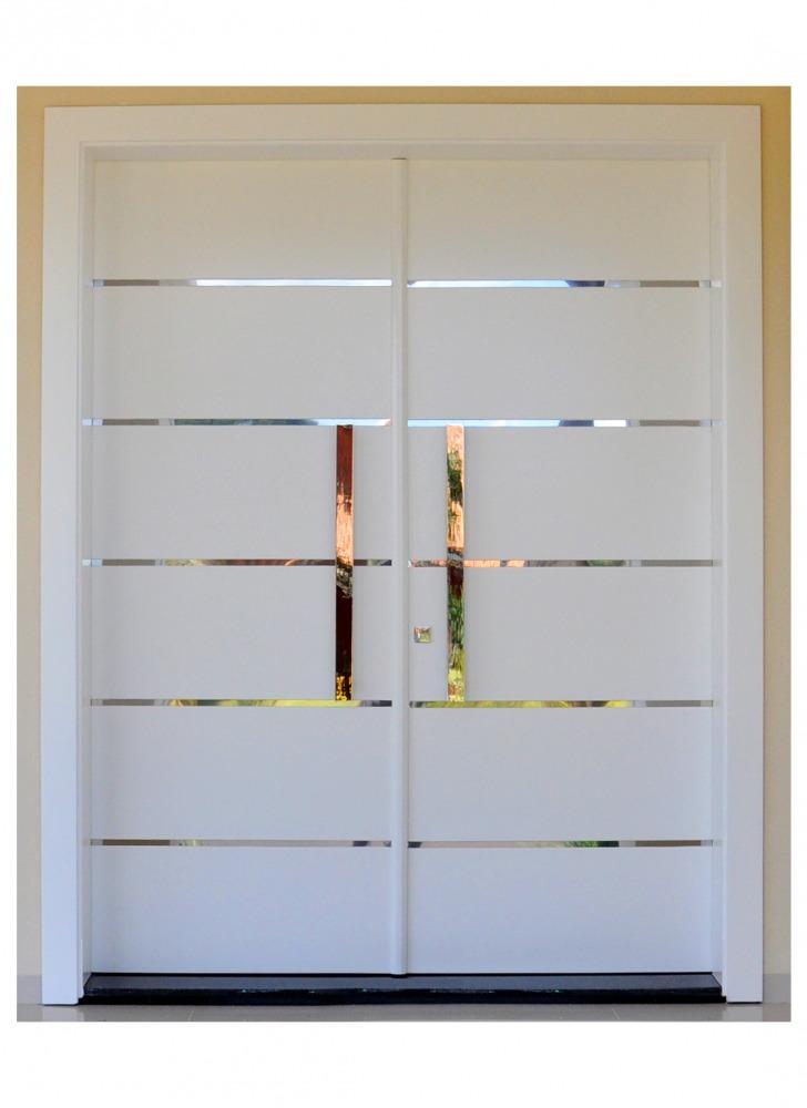 pintu minimalis warna putih terbaru