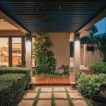 Fachada casa de dos pisos sencilla y bonita