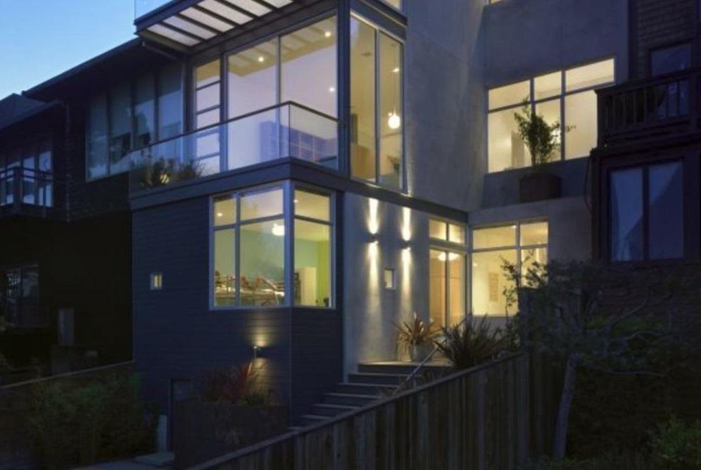 Barandas de vidrio para balcones for Modificaciones de casas pequenas