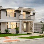 Fachada de casa moderna con techo de chapas de zinc