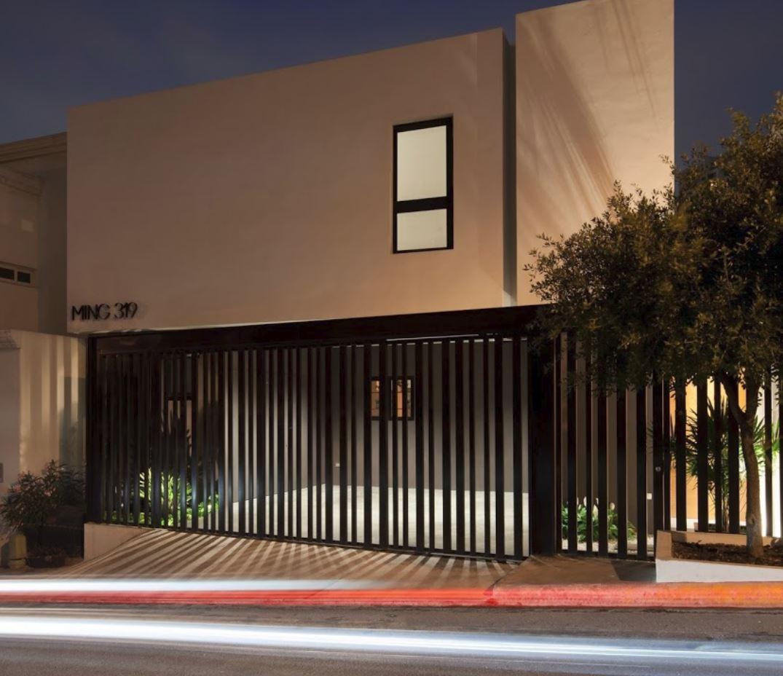 Rejas modernas para frentes de casas imagenes de fachadas for Diseno de frente de casa pequena