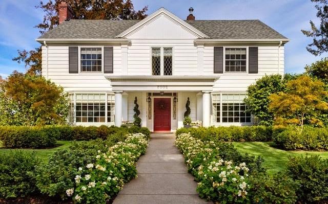 Fachadas de casas cl sicas 2018 for Casas modernas acogedoras
