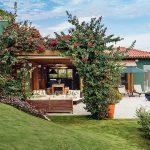 10 Fachadas de casas modernas con pileta