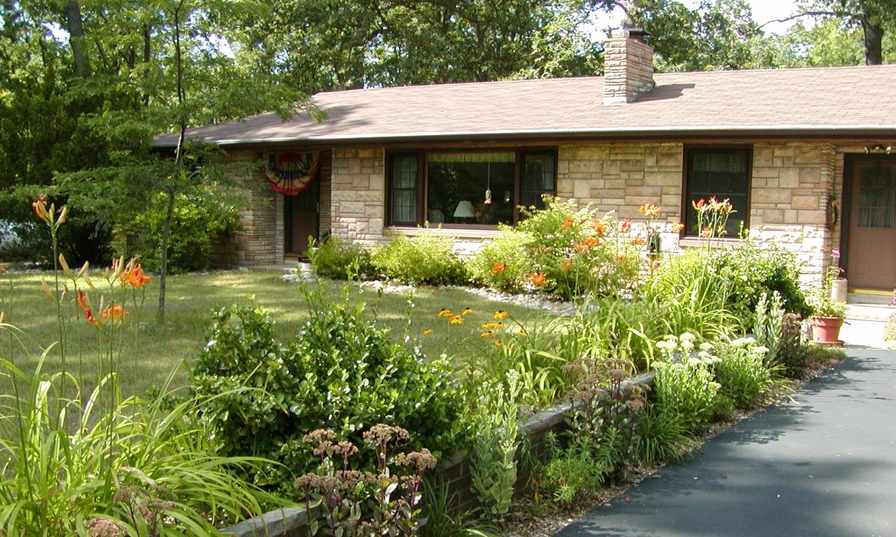 Jardines de casas pequeas fresh imagenes de modelos de for Decoracion de jardines de frente de casas