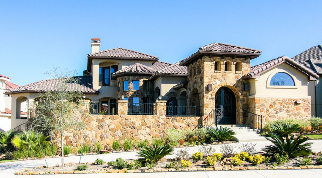 Fachadas casas mediterraneas for Las mejores fachadas de las villas