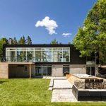 Fachada de casa con placas cementicias para exterior