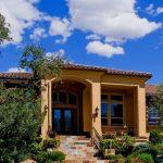 Fachadas de casas con tejas – 12 Hermosos diseños